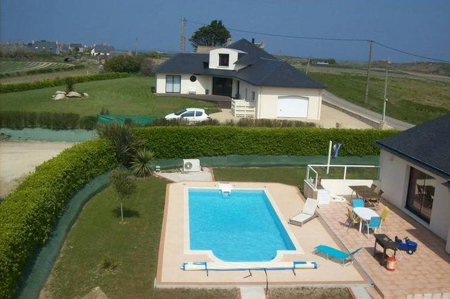 Ferienhaus Bretagne Mit Pool In Cléder Für 6 Personen