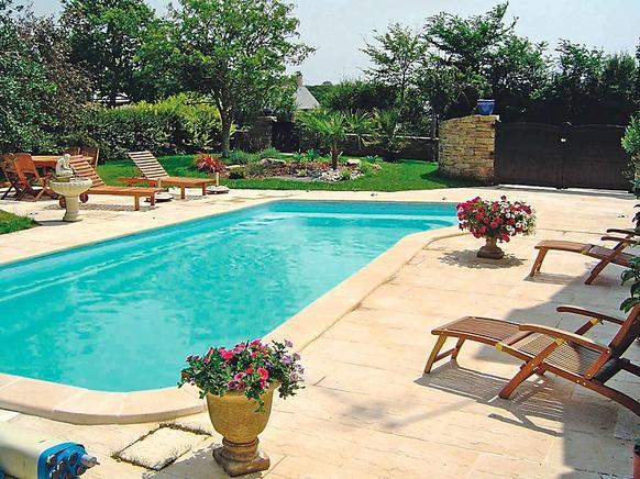 Ferienhaus Bretagne Mit Pool In Kenquel Vihan Für 8 Personen