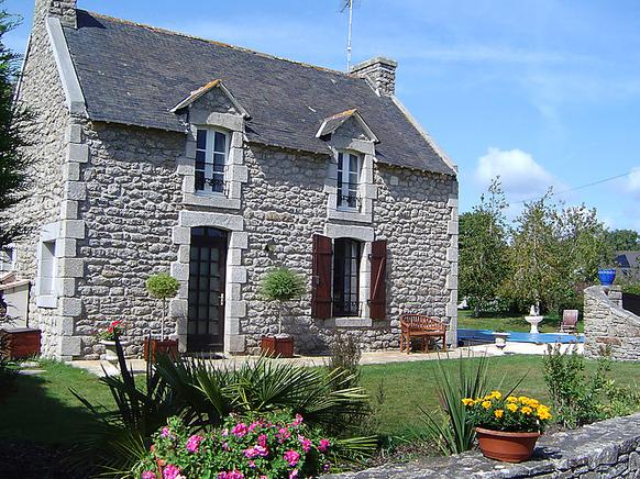 Exceptional Ferienhaus Bretagne Mit Pool In Kenquel Vihan Für 8 Personen